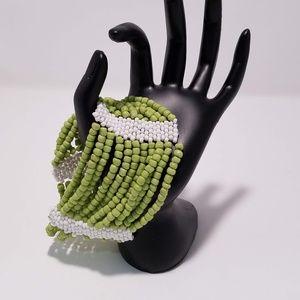 "🛍Beaded Green & White Cuff Bracelet 9"""